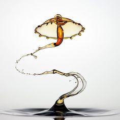 Spectacular Liquid Splashes by Markus Reugels