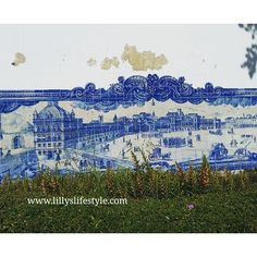 #lisboa antes do terramoto num painel de #azulejos em #alfama www.lillyslifestyle.com 😉 #alisbonaconlilly #lisbona #lisbon #portogallo #visitlisbon #visitlisboa #visitportugal #portugal