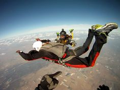 Two instructors... and YOU!    #learningtofly #AFF #learntoskydive #skydiving - with www.SkydiveTheAlps.com