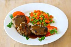 Les rissoles australiennes sont des croquettes de viande grillées sur le barbecue. Selon la recette, elles peuvent aussi inclure des légumes râpés.