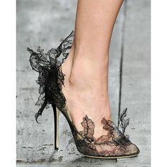 #mulpix Creative ladies shoes . . .   #bride  #fashiondesigner  #beauty  #lebanon  #design  #dress  #catwalk  #fashion  #photoshooting  #girls  #fashionshow  #hair  #arab  #models  #jewelry  #designers  #fashionconsultamt  #kuwait  #outfit  #photographer  #altaroma  #exhebition  #mbfw  #shoes  #kuwait  #style  #ksa  #stylish #ladies #shoes
