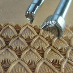 Hackbarth Stainless Leather Stamping Tools - Medium Seashell Set (2 Tools)