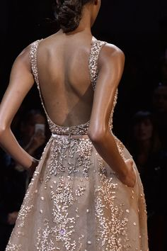 game-of-style: Arianne Martell - Elie Saab Haute Couture fall 2014 Beautiful Gowns, Beautiful Outfits, Mode Glamour, Elie Saab Fall, Prom Dresses, Formal Dresses, Wedding Dresses, Backless Dresses, Dress Prom