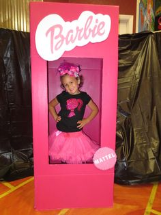 Best directions for diy barbie boxes costumesscenery pinterest barbie silhouette birthday party ideas solutioingenieria Images