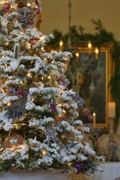 A large,beautiful Christmas tree. Noel Christmas, Merry Little Christmas, Country Christmas, All Things Christmas, Winter Christmas, Christmas Lights, Christmas Decorations, Outdoor Christmas, Christmas Porch