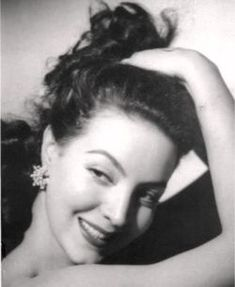 Maria Felix.....the epitome of Mexican Beauty