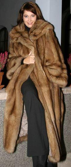 Sable Fur Coat, Mink Fur, Vintage Fur, Fur Fashion, Furs, Favorite Things, Coats, How To Wear, Jackets