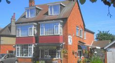 The Chalfonts Skegness In a quiet location, the friendly, family-run Chalfonts is a 5-minute walk from Skegness's coach and train stations. It has free car parking, free WiFi and 2 cosy bar areas.  The Chalfonts is close to Skegness town centre and the promenade.