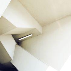 Arte y Arquitectura: Matthias Heiderich, fotógrafo Minimal Photography, Photography Series, Colour Architecture, Interior Architecture, Building Architecture, Learn Interior Design, Photo Composition, Constructivism, Abstract Photos