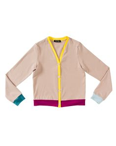 burda style, Schnittmuster – Gute Laune ist bei so viel fröhlicher Farbe garantiert: Der Cardigan mit V-Ausschnitt, Knopfleiste und Ellbogenflicken sieht in allen Schattierungen toll aus.