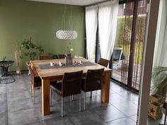 Ungemütliches Esszimmer vor Umgestaltung Modern, Dining Table, Furniture, Home Decor, Environment, Cozy Living, Cosy House, Detached House, Dining Rooms