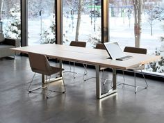 Lecture table IN-TENSIVE - Inno Interior Oy