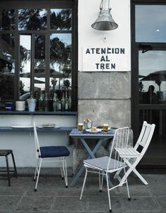 El Machi, la taberna más marinera de Santander http://www.muudmag.com/spa/pagina/287-Restaurante_El_Machi Fotos: Pablo Zamora #kidandcoe #bringthekids