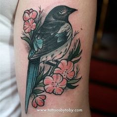 I can't get over how adorable my little magpie tattoo is! Thanks @tattoosbytoby