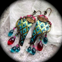 Hey, I found this really awesome Etsy listing at https://www.etsy.com/listing/216865971/calypso-duex-assemblage-earrings