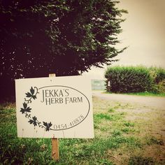 Had an inspirational visit to Jekkas Herb Farm today - absolutely a must if you are interested in herbs! #herbs #health #natural #foodismedicine