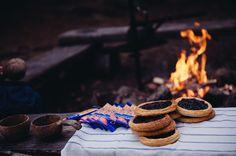 Break on Campfire Helsinki, Straw Bag, Cookies, Nature, Desserts, Summer, Bags, Food, Crack Crackers