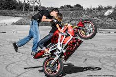 Stunt Bike, Sportbikes, Cool Motorcycles, Ride Or Die, Bike Life, Stunts, Ducati, Motorbikes, Bicycle