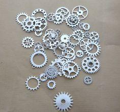 50 engrenages rouages steampunk argent grand lot montre mécanisme gears : Montres, mini bijoux par so-vintage