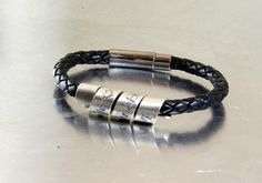 JOSH dubbele damesarmband zwart met een zilveren touch Beadle