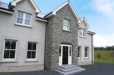 Blue Centre Sandstone mixed with Omagh Blue Stone - Coolestone Stone Importers Suppliers Masonry Tyrone Northern Ireland