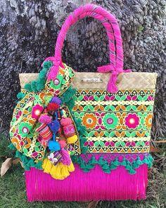 """4d9e12b24 Bendito Sol on Instagram: """"No importa cual sea tu color favorito,  definitivamente estas bolsas son el complemento ideal para cualquier época  del año."""