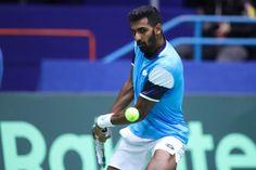 डिजिटल डेस्क,ओरलांडो (अमेरिका)। भारत के पुरुष टेनिस खिलाड़ी प्रजनेश गुणनस्वेरन ने कजाकिस्तान के दिमित्रि पोप्को को सीधे सेटों में मात दे ओरलांडो ओपन के सेमीफाइनल में जगह बना ली है। चौथी सीड प्रजनेश ने 6-0, 6-3 से जीत हासिल की। अंतिम-4 में प्रजनेश का सामना अमेरिका के क्रिस्टोफर इयुबैंक्स से होगा।  31 साल के प्रजनेश ने कजाकिस्तान के खिलाड़ी के खिलाफ दो एस लगाए। उन्होंने 61 प्रतिशत पहली सर्विस अंक जीते जबकि उनके प्रतिद्वंदी ने 58 प्रतिशत। उन्होंने 67 प्रतिशत ब्रेक प्वाइंट भी बचाए। प्रजनेश ने  Tennis News, Semi Final, Tennis Players, Orlando, Men, Orlando Florida, Guys