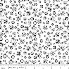 b2e2d800573 Ditzy Daisy Petals White or Yellow Floral by Riley Blake Evening Bloom -  Yardage