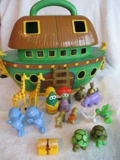 Veggie Tales Noah's Ark Playset Biblical Bible Christian Toy 17 Piece Set