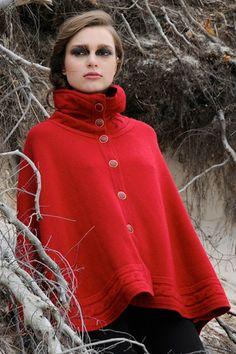 Juliana Poncho Red | Edelziege | Greenthisseason.com