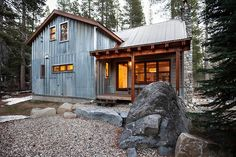 cabinporn:    Donner Summit Cabin in Donner, California.  Submitted by Kat Alves.