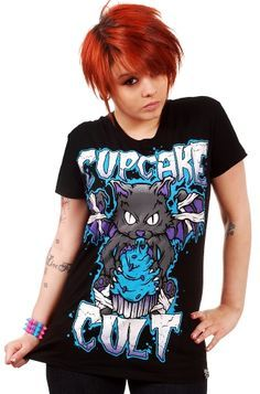 "CUPCAKE CULT ""Vamp Kitty"" tshirt - size L (SOLD)"