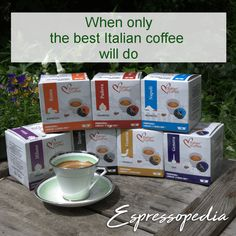 Great ways to make authentic Italian coffee and understand the Italian culture of espresso cappuccino and more! Coffee Type, Coffee Pods, Coffee Art, My Coffee, Coffee Beans, Cappuccino Maker, Cappuccino Machine, Coffee Delivery, How To Order Coffee