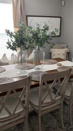 Dinning Room Table Decor, Country Dining Tables, Dining Room Centerpiece, Dining Room Curtains, Farmhouse Dining Room Table, Dining Room Design, Dinning Room Furniture Ideas, Kitchen Table Decorations, Farm House Dinning Room