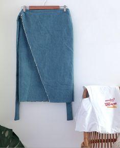 Easy DIY midi wrap skirt tutorial by The Essentials Club