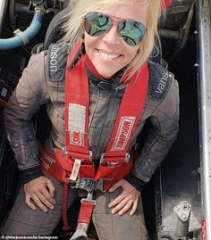 Professional racer, and TV personality, Jessi Combs, tragically died on Tuesday in a horrfic crash, and her last words are utterly heartbreaking. Jessi Combs, Chevy Stepside, Top Fuel Dragster, Mustang Boss 302, Old Race Cars, Sprint Cars, Drag Cars, Car And Driver, Welding