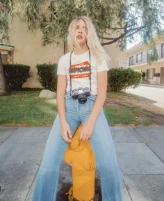 A lil' throwback 2 when I was blonde 😌✌🏼 70s Outfits, Spring Outfits, Fashion Outfits, Boho Outfits, Fashion Trends, Teen Girl Fashion, Womens Fashion, Ladies Fashion, Marla Catherine
