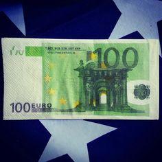 I tovaglioli disegno 100 euro in vendita su www.pacoarte.it