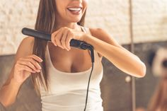 These top hair straighteners are here to get your hair under control. Top Hair Straighteners, Steam Hair Straightener, Hair Straightening, Everyday Hairstyles, Straight Hairstyles, Cool Hairstyles, Soft Hair, Shiny Hair, Easy Curls