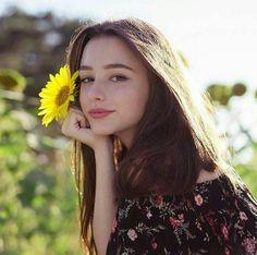 Beautiful Girl Makeup, Cute Beauty, Beauty Full Girl, Estilo Beatnik, Plain Girl, Cute Young Girl, Cute Girl Face, Beautiful Girl Image, Cute Makeup