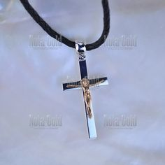 Серебряный именной крестик с позолотой, распятием и гравировкой (Вес  15  гр.) a1b1a6675e5
