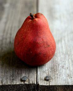 noperfectdayforbananafish:    Pear, Dark Chocolate and Munster Panini (by Erica Lea)