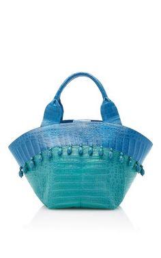 Trendy Beachwear for the Summer Teal Beach Tote Bag by Nancy Gonzalez Discovred by : Azza Shesheny Teal Handbag, Turquoise Fashion, Crocodile Handbags, Nancy Gonzalez, Blue Handbags, Beaded Purses, Beach Tote Bags, Luxury Bags, Beautiful Bags