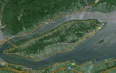 Vue satellite de l'Île d'Orléans, près de Québec, aujourd'hui. Vue Satellite, Movies, Movie Posters, Films, Film Poster, Cinema, Movie, Film, Movie Quotes
