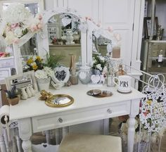 Our gorgeous Arabella range dressing table! All accessories available online.