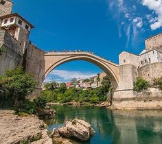 #nofilter required at The Old Bridge in #mostar. The ancient town was badly  bombed in the war and then painstakingly rebuilt to match its former glory. Now the town is a stunning stop on our #balkantrail #bosnia #europe #interrail #euroventure