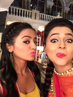 Here i just created a thread for the pics that are posted in various social networking sites of swaragini cast members and here is the thread Indian Tv Actress, Beautiful Indian Actress, Indian Actresses, Tejaswi Prakash, Best Couple Pictures, Bali Furniture, Helly Shah, Casting Pics, Jennifer Winget