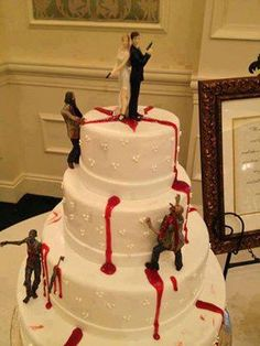 Thanks to lots of films and the Walking Dead zombies have become super trendy! Some couples dare to rock zombie theme on their big day, especially if it's a Halloween wedding. Zombie Wedding Cakes, Halloween Wedding Cakes, Cool Wedding Cakes, Zombie Cakes, Scary Cakes, Bolo Zumba, Festival Woodstock, Our Wedding, Dream Wedding
