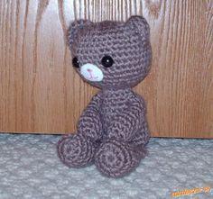 17863680b Hackovany medvedik preklad Roztomilé Háčkovanie, Háčkované Bábiky,  Krížíkové Vyšívanie, Medvede, Háčkovanie,