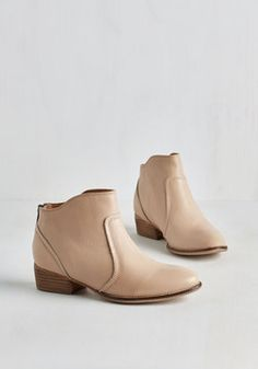 Reunited Bootie in Natural. A long-awaited homecoming brings you back in the arms of childhood friends and theyre gushing over these Seychelles booties! #cream #modcloth